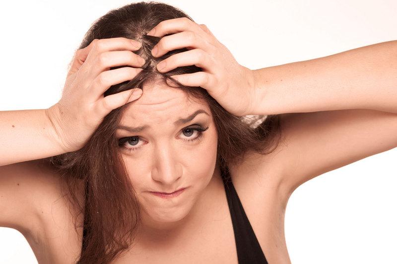 Выпадают волосы с головы что делать в домашних условиях