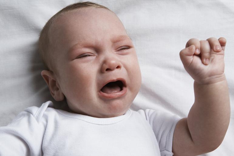 Почему ребенок плачет когда его сажают 58